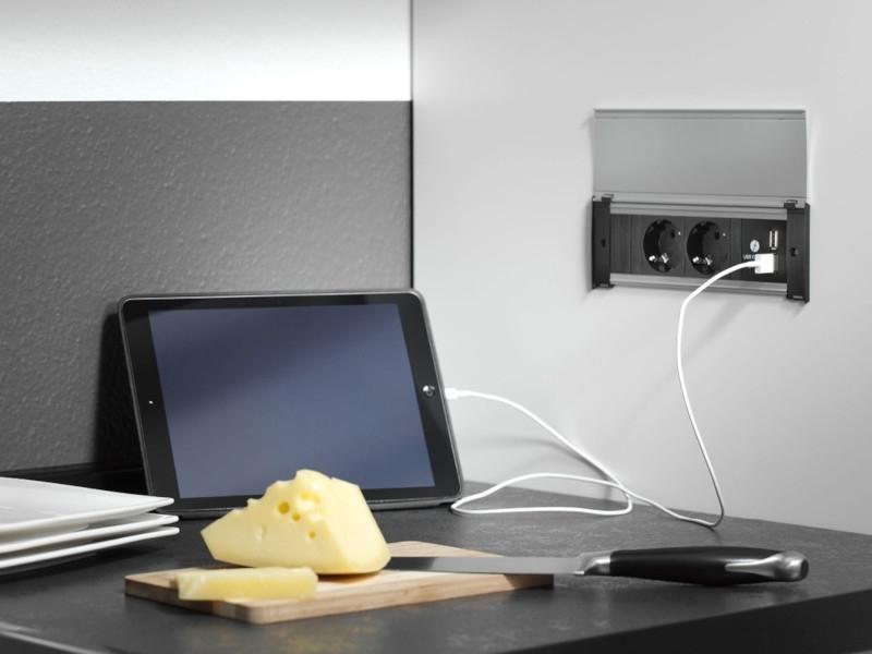 Priza modulara incorporabila in birou Bachmann KAPSA, 1 x Schuko, 1 x USB